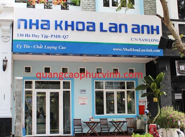 Làm biển quảng cáo phòng khám răng nha khoa tại Hà Nội